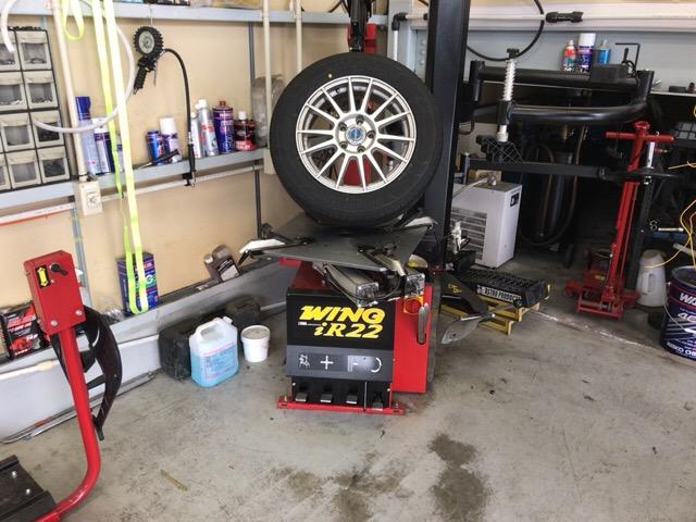 タイヤ交換1248